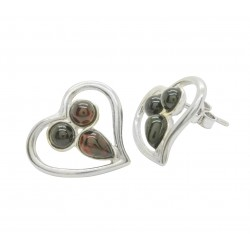 Heart shaped earrings in silver and natural amber