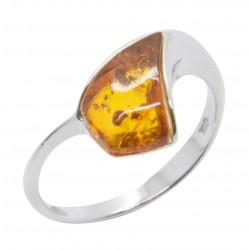 Ring in Silber und Bernstein Cognac Farbe Dreieckform