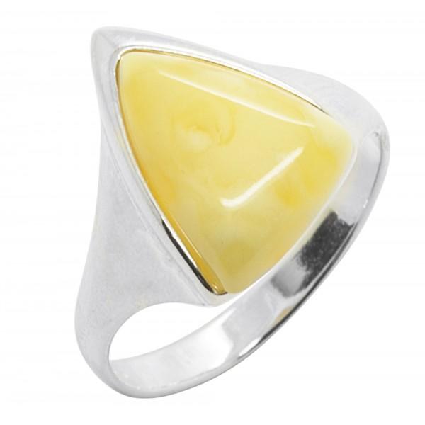 Bague en Ambre couleur blanc et Argent 925/1000 forme triangle