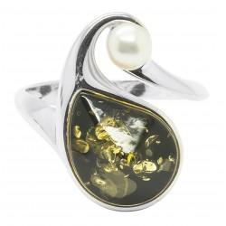 Bague en ambre vert et argent accompagné d'une perle de culture