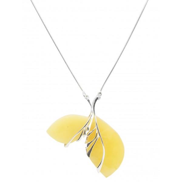 Collier ambre naturel de couleur blanc en argent
