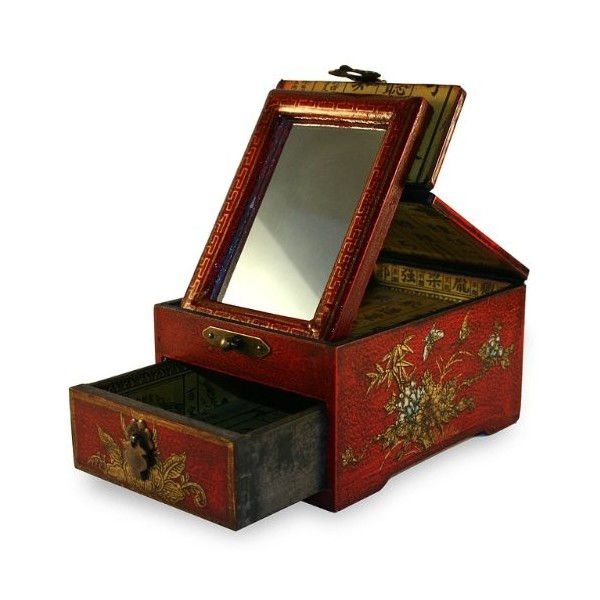 Small Chinese Jewelry Box Old Red Bijoux dAmbre