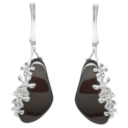 Earring with silver flower and cherry amber