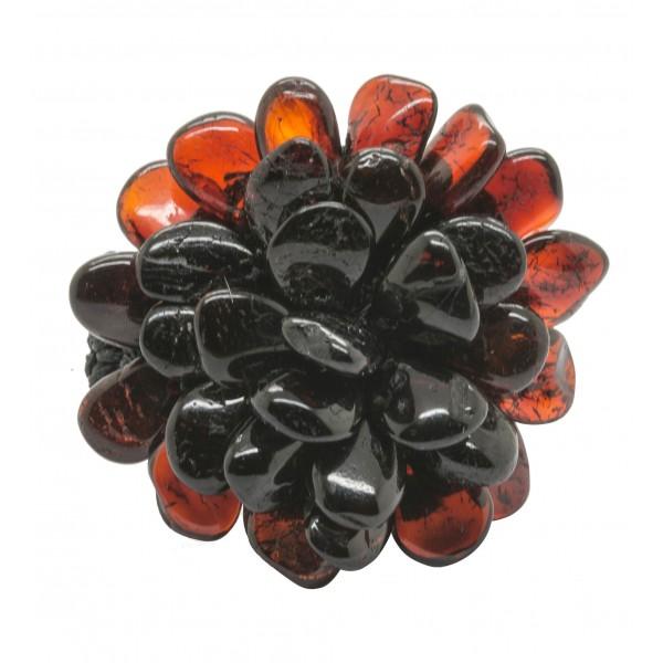 Bague en ambre couleur cognac en forme de fleur