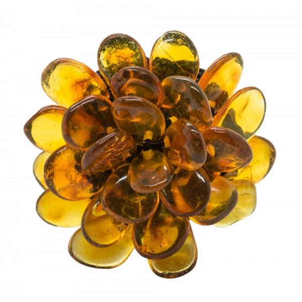 Bague en ambre couleur miel en forme de fleur