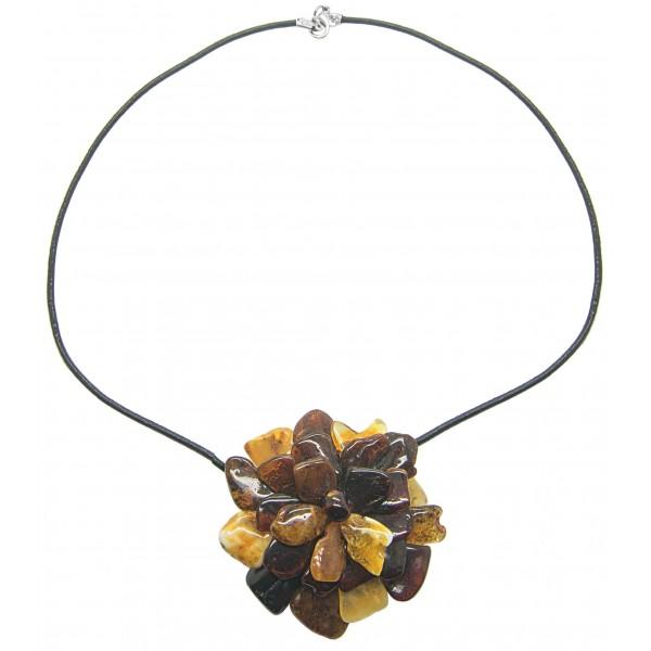 Collier avec fleur d'ambre multicolore