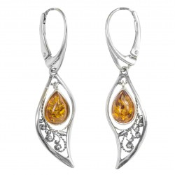 Silver Nature earring with a floating amber pearl