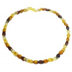 Collier d'ambre multicolore pierre losange