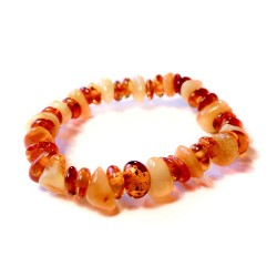 Baby bracelet in honey amber and white