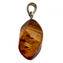 Small pendant in Baltic amber color cognac