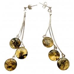 Boucle d'oreille avec trio de perle d'ambre vert forme bouton