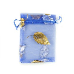 Blau Organzabeutel verziert Baumblatt